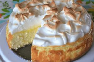 Rychlý recept na tvarohový koláč z vaječného likéru bez dna